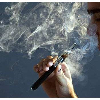 电子香烟比吸烟更安全吗?