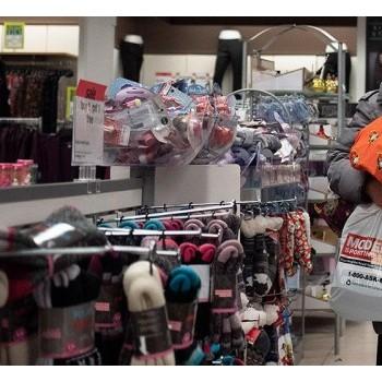 美国零售销售仅增长0.2%消费者保持谨慎
