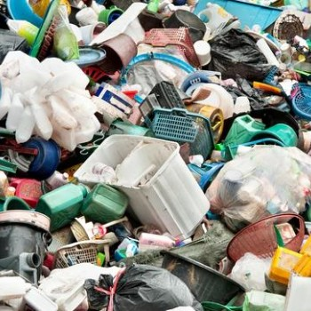 如何将普通塑料变成高价值分子